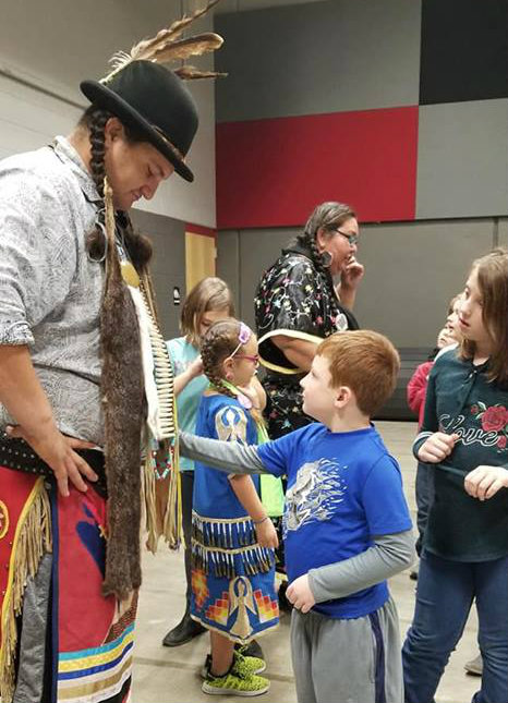Mrs. Mekis's 2nd Grade Class Learns About Native American Culture
